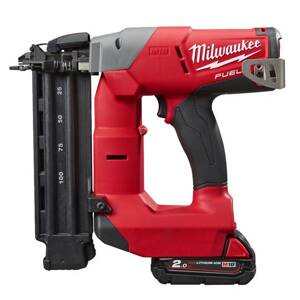 AKU klincovačka Milwaukee M18 FUEL™ FN18GS-202X
